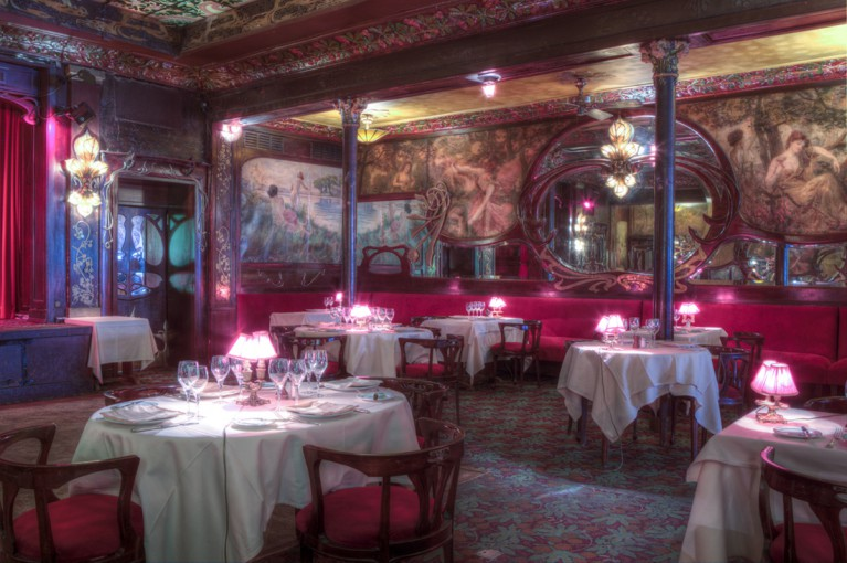 Restaurant maxims de paris - Restaurant vaise tout le monde a table ...